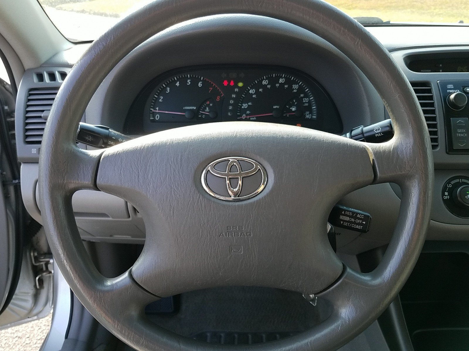 Pre-Owned 2004 Toyota Camry STD