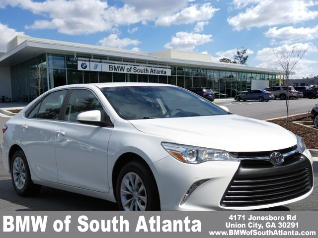 Toyota Of Union City >> Pre Owned 2017 Toyota Camry Le