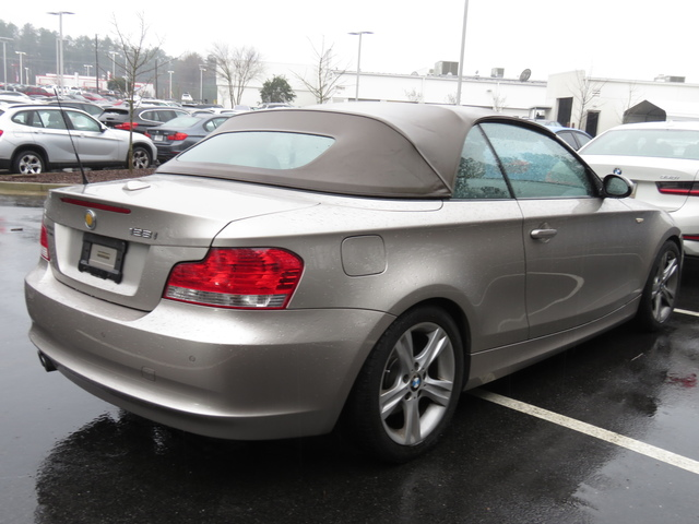Pre-Owned 2009 BMW 1 Series 128i