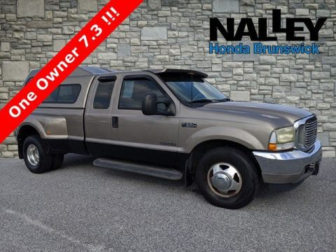 Pre-Owned 2002 Ford Super Duty F-350 DRW Lariat